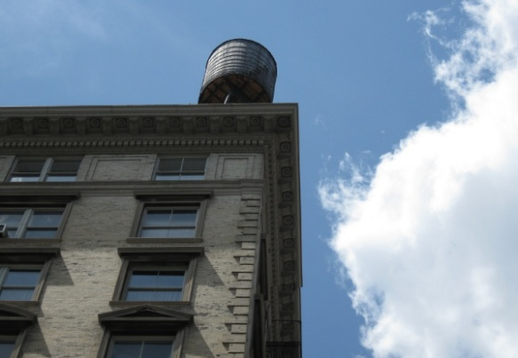 Edifici típic de Nova York, fotografiat per mi